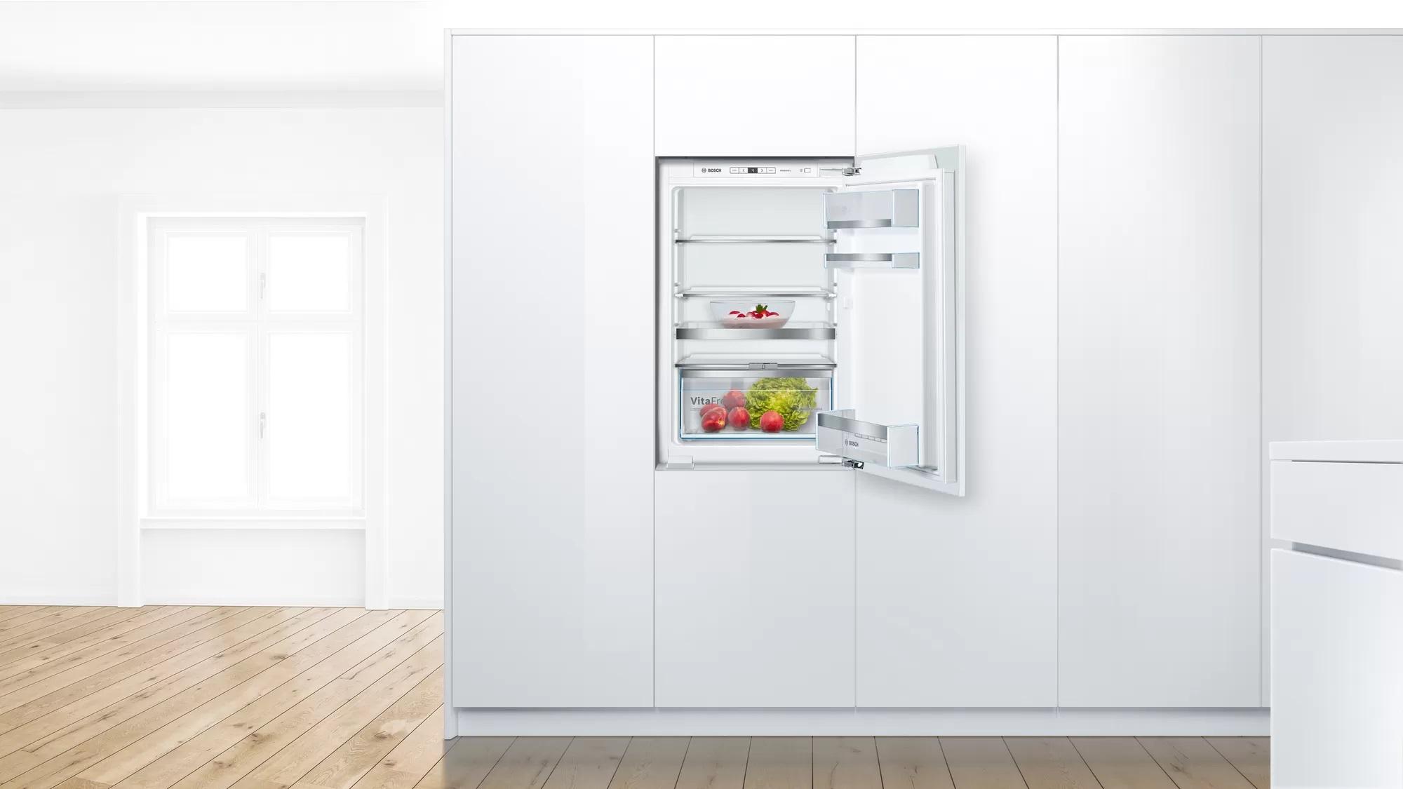 Хладилник за вграждане BOSCH KIR21AFF0 монтиран